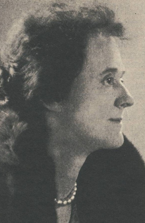 Lillian Thompson, a member of Gamma Phi Beta's second chapter at the University of Michigan, was Gamma Phi's National Panhellenic Conference Delegate for 34 years. She served as Chairman of the 1913 meeting.