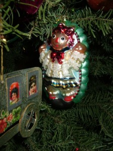 Raggedy Ann Hannah from this year's DG ornament exchange. Two in one box!