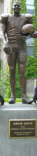 The Ernie Davis statue at Syracuse University.